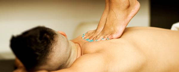 massagem-com-os-pes-rhamaterapia