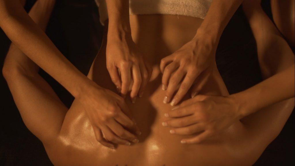 massagem 4 maos